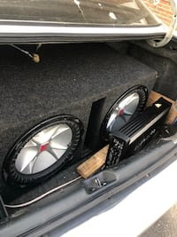"2 12"" kicker subwoofer with box,1000 watts each, price is negotiable,trades for chuchero New York, 11435"