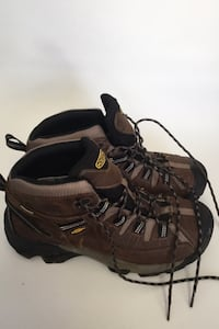 Men's Keen Hiking Boots With Warm LL Bean Shearling Insoles (size 12)