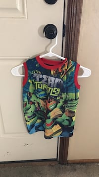 Boys sleep shirt size 5/6 Owensboro, 42301