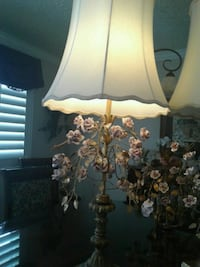 Elegant,vintage table lamps and macthing Taylorsville