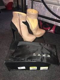L.A.M.B. (Gwen Stefani) heels - beige with cut out & black suede heel - Size 8 never worn Mississauga, L4W 2E7