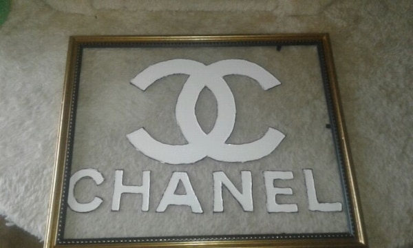 Chanel stained glass art  3