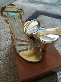 Gold heels with studs Clive, 50325