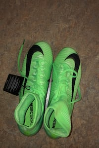mercurial soccer shoes