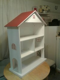 white and red wooden house shape shelving unit Colorado Springs, 80909