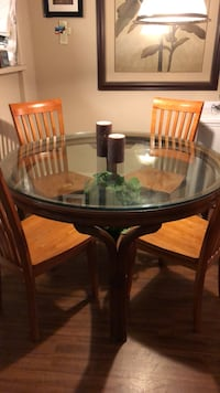 dining table with six chairs glass tabletop 54 inch diameter. Las Vegas