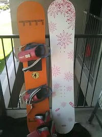 red and black snowboard with bindings Sun Valley, 89433