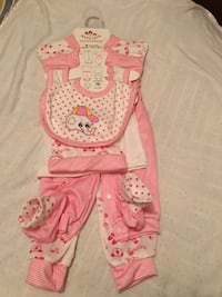 baby's pink and white footie pajama Oakville, L6J 7R8