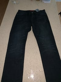 Guess jeans 'NEW' never worn 32 x 34 Oxon Hill, 20745