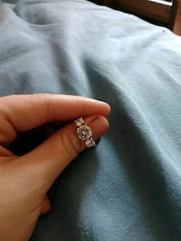 silver-colored diamond ring Lake Charles, 70611