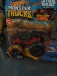 5 monster trucks includes a couple chases