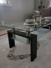 rectangular glass top table with black metal base Vaughan, L4H 2L3