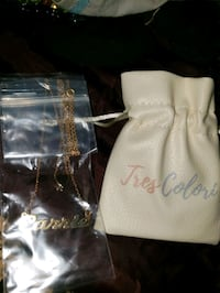 Carrie name necklace, gold plated