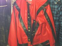Thriller - Red and black button-up leather jacket