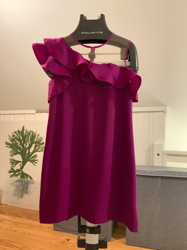 e318cdd1b16 Used NEW Magenta Plum Cocktail Dress Size 8 for sale in Dallas - letgo