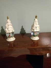 two white ceramic table lamps Gettysburg, 17325