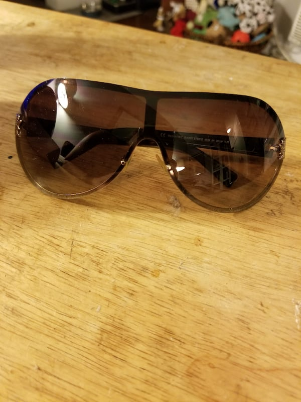 Juicy Couture sunglasses  1