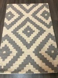 White and gray accent rug Mississauga