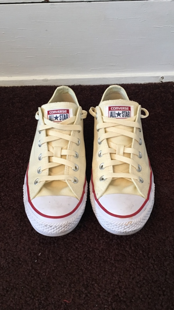 6232a5732960 Used Converse Low Top Chuck Taylor s for sale in Pittsburgh - letgo