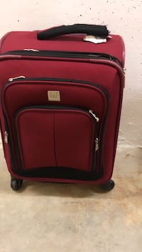 Carry on travel suitcase - 4 wheels
