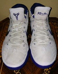 Good condition basketball shoes Toronto, M8Z 6A4