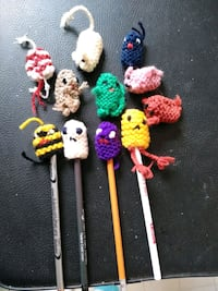 Pencil holders(knitted animals)