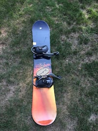 Mens snowboard with size 9 boots  Durham, 03824
