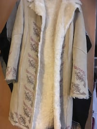 Women's Size Medium Long Coat warm Jacket - 2398 mi