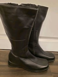 Ladies long black boots excellent condition  size 8