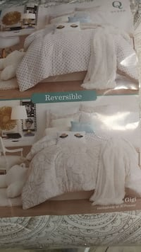 queen size white bedspread