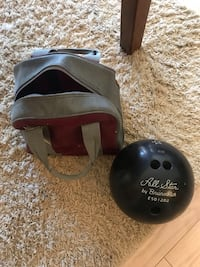 12 Pound Bowling Ball and Carrying Bag Durham, 06422