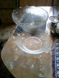 clear glass punch bowl set Mississauga, L5B 2L6