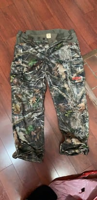 Black and gray camouflage pants Aurora, 80015