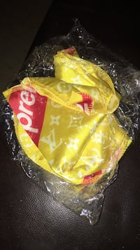 Supreme yellow Durag //available for pick up only Toronto, M9V 2C9