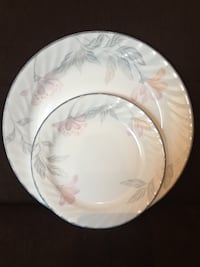 Set of Corelle Floral Pink Trio Dinner & Salad Plates 15 mi