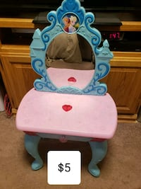 white and blue Disney Frozen vanity table Attleboro, 02703