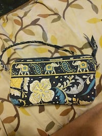 Vera Bradley wallet purse. Morgantown, 26508