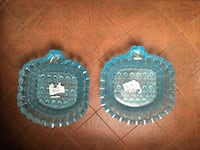 L.G. Wright Glass electric blue pair of small dishes Manchester, 03101