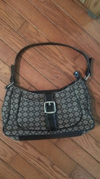black and gray monogram Coach hobo bag Fort Erie, L0S