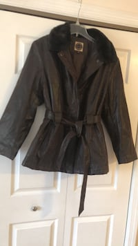 Jacket brown leather coat with removable fur collar Voorhees, 08043