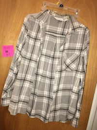 white and gray plaid sport shirt Jersey City, 07304