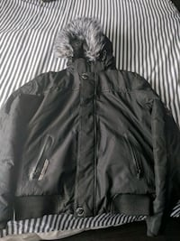 Very warm Men's Medium (fits small) Down filled jacket London, N6G 4M6