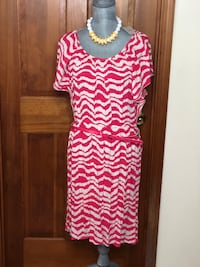 pink and white chevron scoop-neck dress Charleston, 25314