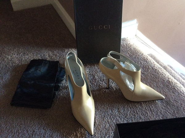 GUCCI booties beige, brand new