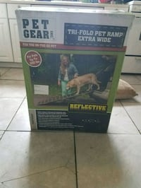 Pet Gear Tri-Fold Extra Wide Pet Ramp Denver