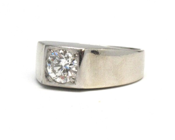 Mens 14K Solitaire Diamond Band