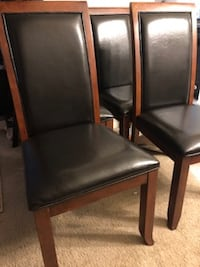 Four Dining Room Chairs $60 Burtonsville