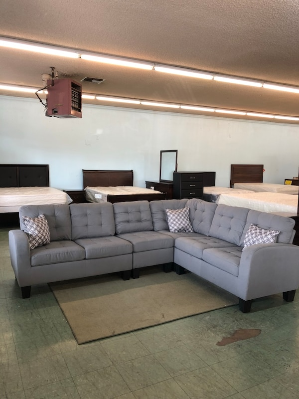 Admirable Tufted Gray Fabric Sectional Sofa Gmtry Best Dining Table And Chair Ideas Images Gmtryco