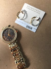 pair of silver earrings and round gold analog watch with link strap 1621 mi