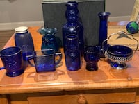 Blue glass collection Uxbridge, 01569